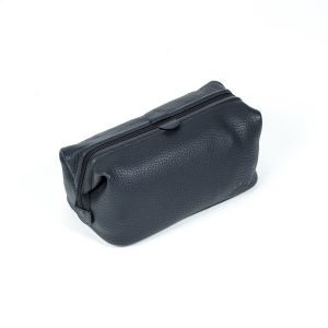 side view of 7 squadron washbag