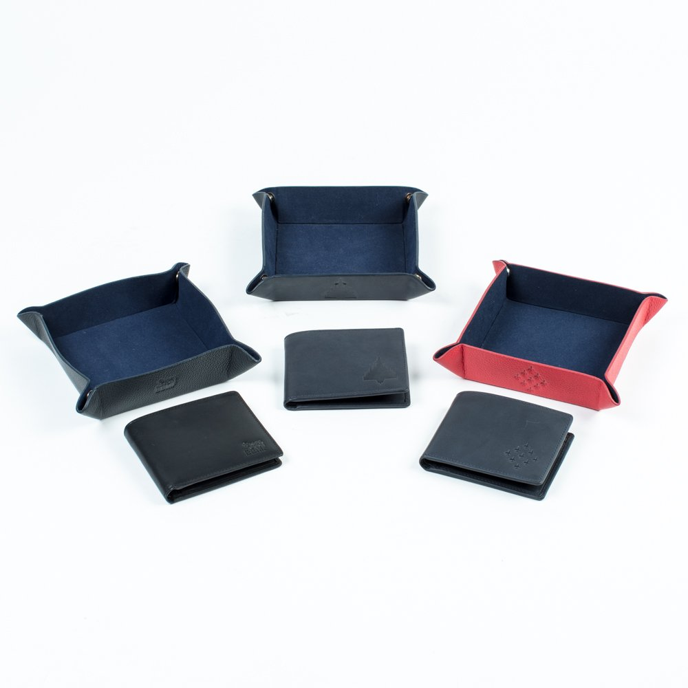 3 aviation tray tidy's with matching wallets