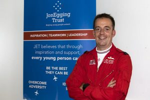 Mike Bowden rejoins red arrows after simmo breaks knee