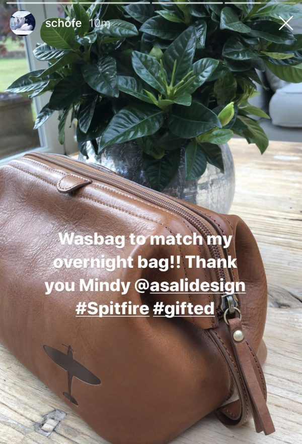 phillip schofield reviews asali spitfire washbag