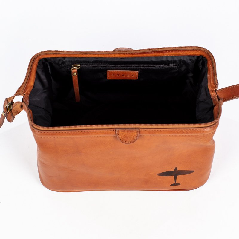 spitfire washbag asali leather spitfire gifts