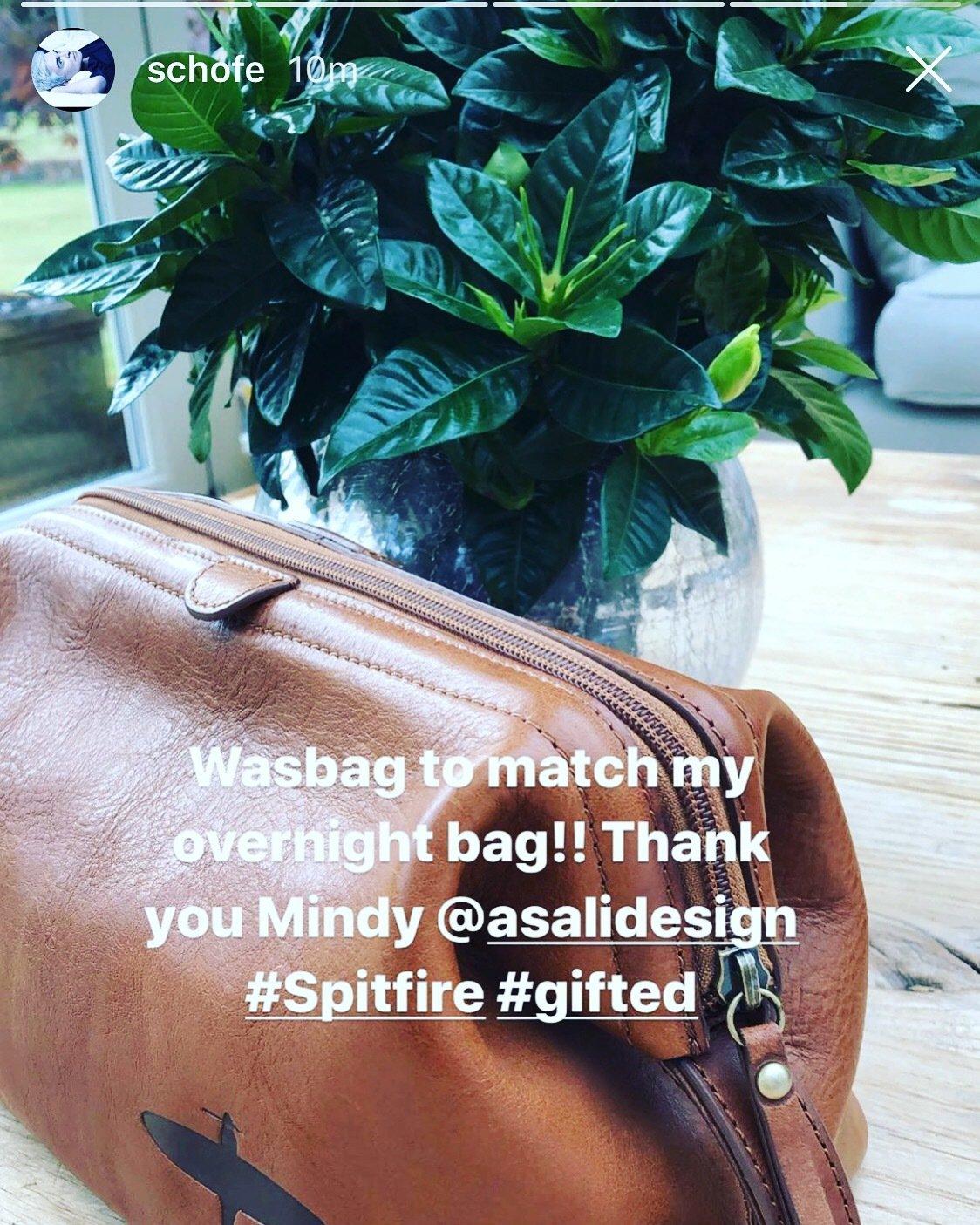 phillip schofield asali spitfire washbag