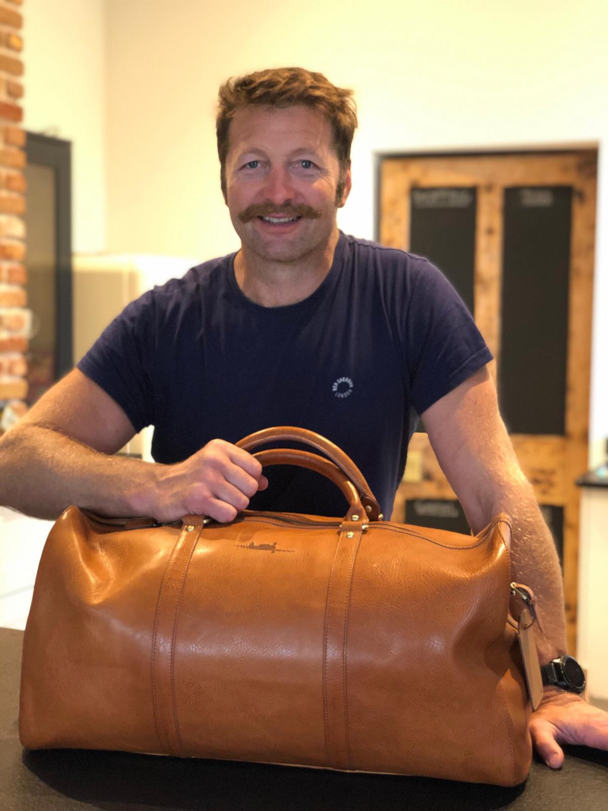 ian gough YAK 52 leather bag asali